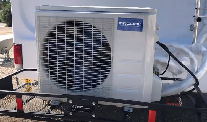 Difference-Between-Duct-vs-Non-Duct-RV-Air-Conditioner-Units