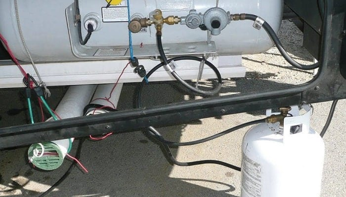 How-can-you-transfer-propane-from-one-tank-to-another