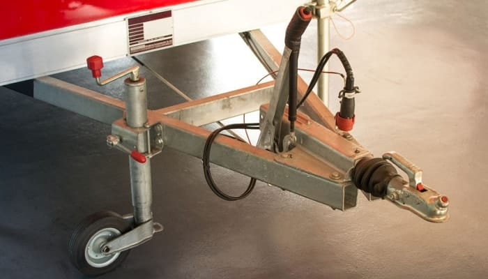 How-does-a-sway-bar-work-on-a-trailer